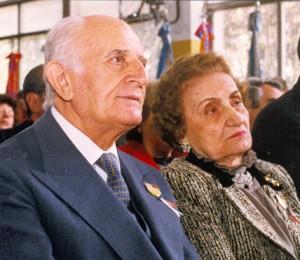 Compañeros inseparables, Armén Mezadourian y Siranush A. de Mezadourian, transitaron juntos una vida dedicada al bien común.